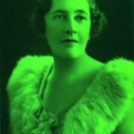 agatha-christie-glam-thumb